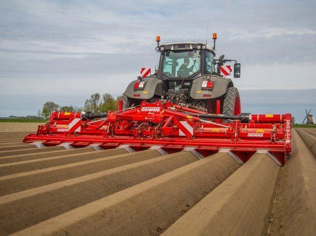 lucrarile solului-cartof